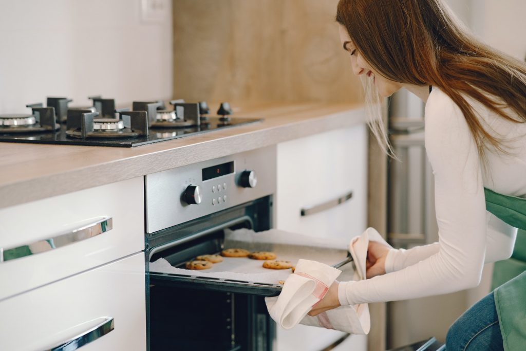 advantages of a wall oven or a range oven?