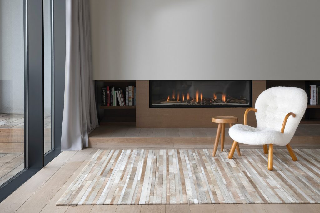 The Pro's and Con's of Choosing a Wood-burning Based Heating System